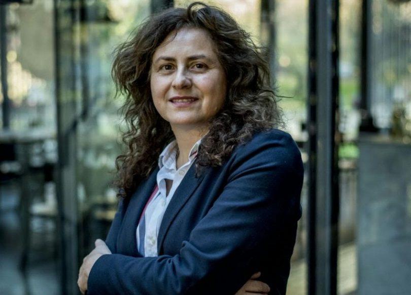"""Jueza Karen Atala: """"Ser mujer significa estar en desventaja en esta sociedad machista. Ser lesbiana es doblemente discriminatorio""""."""